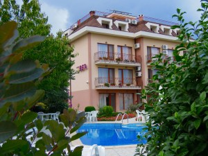 Hotel with pool varna